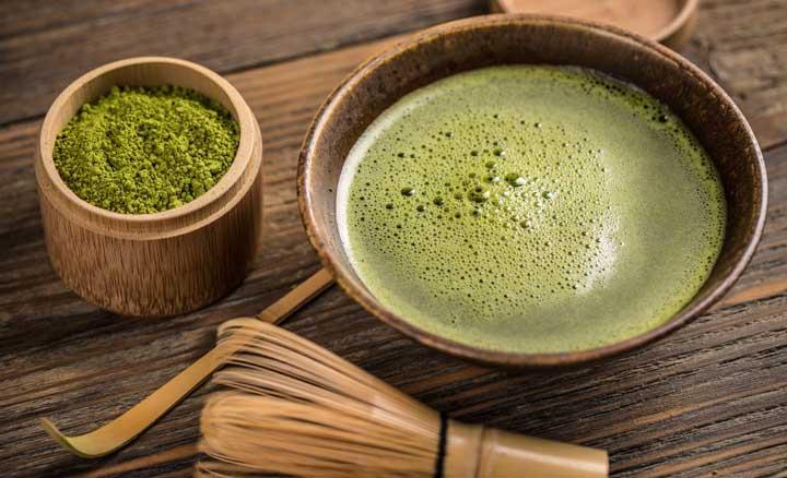 ดื่มชาเขียว